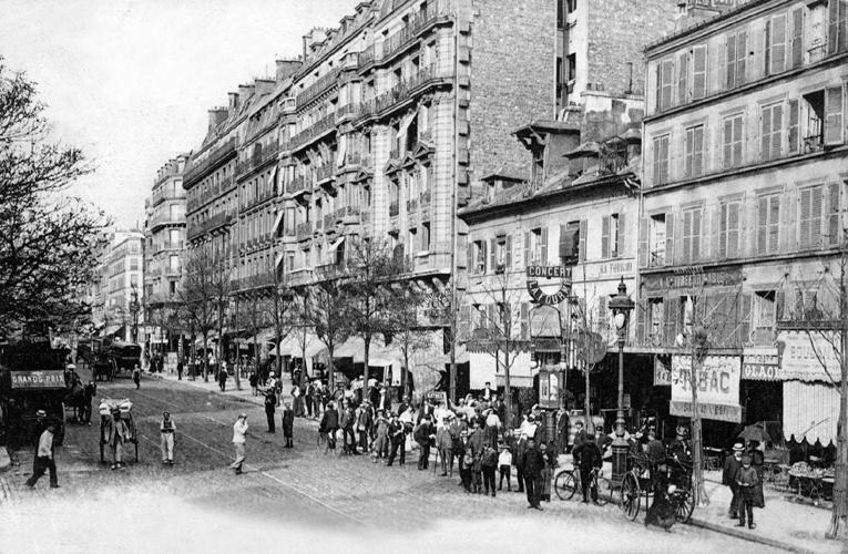 Caf Ef Bf Bd A  Rue Du Faubourg Saint Martin  Paris